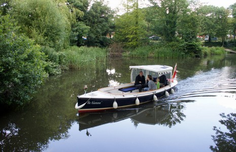 Electric boat Royal Union Canal Hythe in Kent